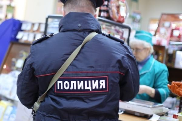 Полиция в магазине
